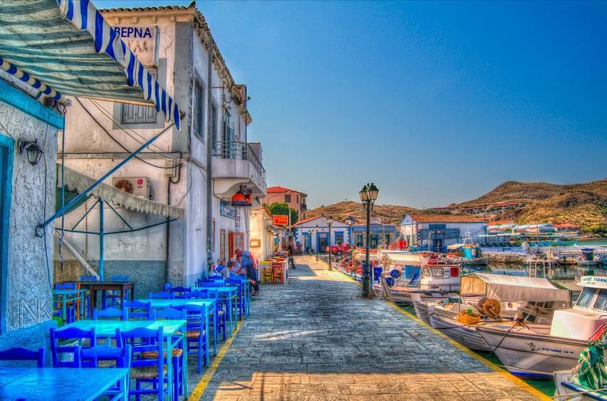 Puerto bucólico de Lemnos o Limnos, ya junto a Turquía.